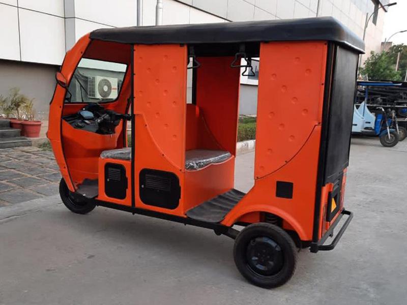 Osquareteck power e-vehicles such as e-rickshas